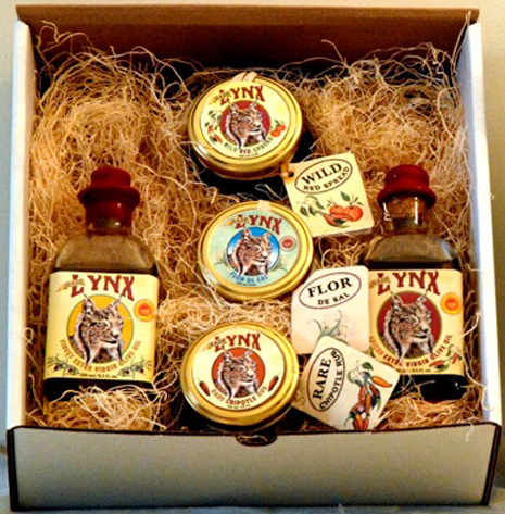 Extra Virgin Olive Oil (275 mL), Spiced Extra Virgin Olive Oil (275 mL), Wild Red Spread (6 oz), Red Chipotle Rub (4 oz) & Flor de Sal (6 oz)